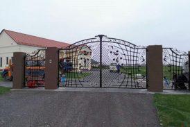 Kiemo vartai 2